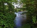 Návrat části vod z pravobřežního náhonu Chrudimky zpět do řeky na chráněném území Ptačí ostrovy.